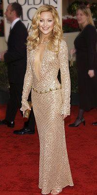 Kate Hudson | Kate Hudson, 2002 yılında genellikle Boho-chic yıldızı göz kamaştırıcı bir Versace (ve onun sternum) onu glam tarafı gösterdi.