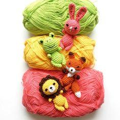 #crochetbrooch #knittingbyag #brooches #lovecolours #amigurumi