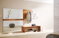 Garderobe Cubus von Team7 mit großem Spiegel