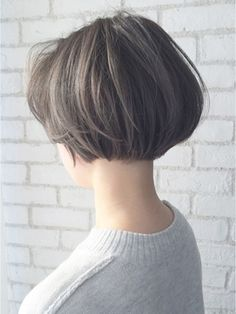 アルバム ハラジュク(ALBUM HARAJUKU) 【ALBUM原1】能瀬_ハイライトグレイショートボブ_ba15544 Short Hair With Layers, Short Hair Cuts For Women, Short Hair Styles, Short Bob Hairstyles, Curled Hairstyles, Cool Hairstyles, Hair Affair, Great Hair, Hair Today