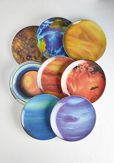 These solar system plates for a stellar dining experience.