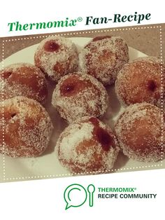 Recipe Jam Ball Donuts (Just like the market ones!) by Liz_smith, learn to make this recipe easily in your kitchen machine and discover other Thermomix recipes in Breads & rolls. Homemade Doughnut Recipe, Donut Recipes, Pastry Recipes, My Recipes, Baking Recipes, Sweet Recipes, Recipies, Thermomix Scones, Jam Donut
