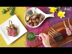 Lammrezept - Lammkarree im Kräutermantel mit einer pikanten Kräutersoße mit frischem Koriander und Minze. Perfekt für Ostern oder Gäste.