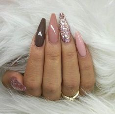 22 totally classy nail designs to rock this winter 2019 .- 22 totally classy nail designs to rock this winter 2019 - Classy Nail Designs, Nail Designs Spring, Cool Nail Designs, Glam Nails, Classy Nails, Beauty Nails, Hair Beauty, Sexy Nails, Simple Nails
