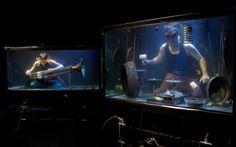 Una band subacquea non si era mai vista In questo articolo potrete visualizzare due video della prima band subacquea al mondo. Dotati di fantastici e innovativi strumenti, il risultato sembra la colonna sonora di un film horror ambientato  #band #subacquea #acqua #acquari