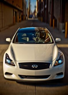 Infiniti G37 pearl white, 328 hp... this is a beast with such low price ....looks awesome too
