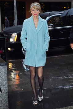 Taylor Swift Has Her New Year's Resolutions on Lock and the Outfit to Prove It  - MarieClaire.com