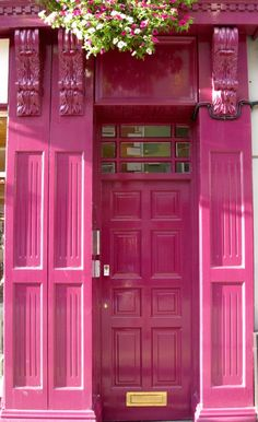 pink door Killarney, County Kerry, Ireland ♔ ♥ For stunning, chic jewelry: bluedivadesigns.com #bluedivagal