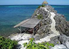 Winter Retreat to the Caribbean Island of Roatan at Paya Bay Resort - Jose Santos Guardiola, Feb 2015 - Bay Islands | LETSGLO #honduras #yinyoga