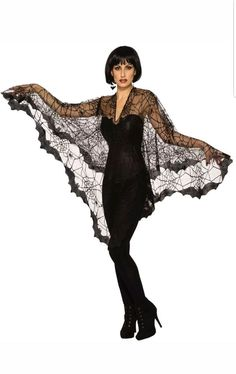 Ever-so stunning Bat - Poncho Costume. Elegent Collection of Animal & Bug Costumes for Halloween at PartyBell. Black Halloween Costumes, Halloween Costume Accessories, Halloween Bats, Women Halloween, Halloween Projects, Halloween 2019, Halloween Decorations, Adult Costumes, Costumes For Women