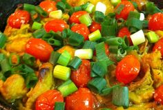 Fast Paleo » Easy Tumeric Chicken - Paleo Recipe Sharing Site-LOVE the colors in this picture, will be happily trying it soon!