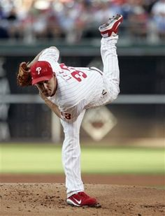Cliff Lee's enormous contract makes no difference to the free-spending Dodgers. #MLB (AP)