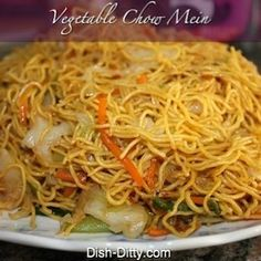 Vegetable Chow Mein ~~ Had to post this under my chicken board cuz I would probably add strips of chicken breast for my honey.