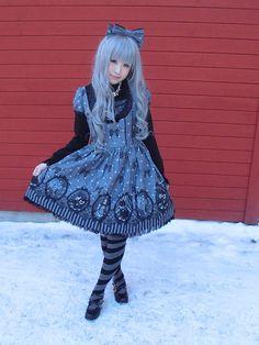 coordinated blue hair