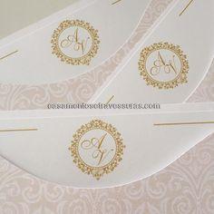 Aline e Victor  mais de 300 modelos de brasão para você escolher  casamentosetravessuras.com - Lembrancinhas de Casamento Convites Aniversário 15 anos Formatura etc.