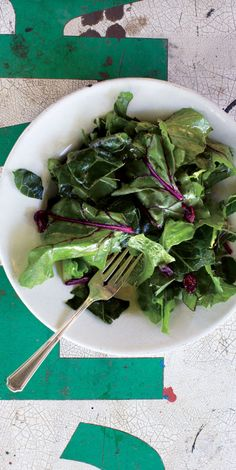 This hearty salad sports collard greens with smaller, tender leaves ...
