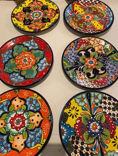 Pottery Painting, Ceramic Painting, Diy Painting, Ceramic Art, Mexican Wall Decor, Mexican Art, Mexican Bedroom, Mexican Style, Plastic Dinnerware