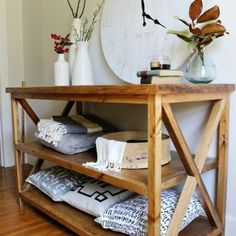 DIY X Base Console Table with Middle Shelf Diy Craft Table diy craft table with shelves Craft Tables With Storage, Side Table With Storage, Table Shelves, Diy Furniture Projects, Furniture Plans, Furniture Design, Upcycled Furniture, House Projects, Wood Projects
