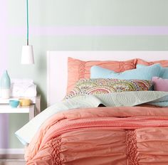 Fresh hues for the spring bedroom.