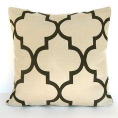 pillow pretty