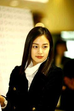 【テヒ画像】 キム・テヒ日本CMデビューを記念して - テヒ画像特集(3) - - キム・テヒとその仲間達 Korean Beauty, Asian Beauty, Kim Tae Hee, Bae Suzy, Korean Actresses, Kpop, Beautiful Women, Feminine, Elegant