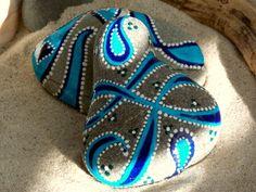 Apóyate en mí / 2 pintado Foundas rocas /Sandi por LoveFromCapeCod