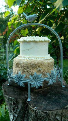 Maple syrup wedding cake