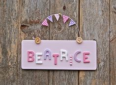 Are you interested in our Childrens bedroom door sign? With our Childrens name plaque you need look no further. Bedroom Door Signs, Bedroom Doors, Diy Bedroom, Door Plaques, Name Plaques, Door Makeover, Wooden Crafts, Wooden Decor, Diy Door