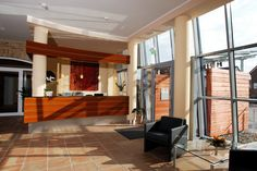 Rezeption im AKZENT Hotel Altenberge Restaurant, Divider, Bar, Room, Furniture, Home Decor, Double Room, Front Desk, Open Plan Kitchen
