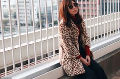 Japanese Fashion Blogger,MizuhoK,OOTD,0129,Ridyja Amille-leopard faux fur coat,UNIQLO-dark red turtle neck,Rosegal-Black Loose ankle wide leg pants,SheIn-mesh ankle socks,vonBraun-Oxford shoes,Newchic-metal fether bag,zeroUV-round sunglasses,Street style