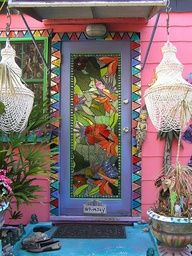 Stain Glass door...I'd be too busy admiring this to remember to ring the bell.