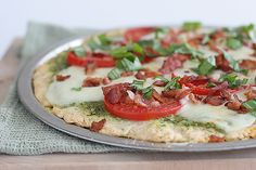 Caprese Pizza with Crispy Bacon - Taste and Tell