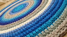 Custom-made knitted rug Hand-knitted tshirt yarn turquoise, blue and gray 1.2 m diameter
