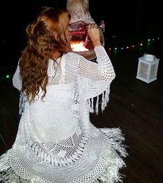 crochelinhasagulhas: Casaco em crochê by Vanessa Montoro