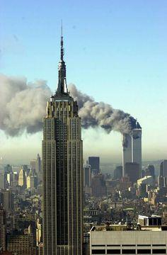Imagen del atentado cometido contra las Torres Gemelas de Nueva York el 11 de… …