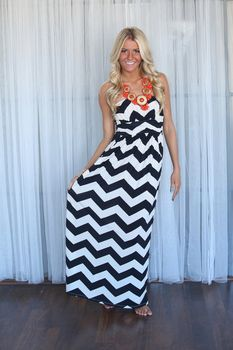 Heavenly Chevron Maxi Black - Modern Vintage Boutique