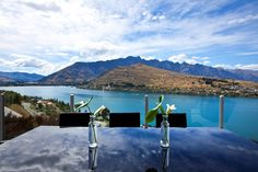 Travel to Queenstown through these luxury rentals this New Years Eve