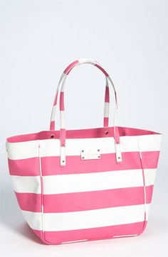 Kate Spade New York 'high falls - sidney' tote. Love this striped chic tote. Kate Spade Totes, Kate Spade Handbags, Kate Spade Bag, Beach Wear, Girls Accessories, Mode Style, Beautiful Bags, My Bags, Tote Bags