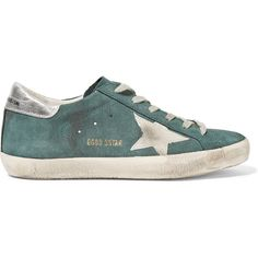 Golden Goose Deluxe Brand Super Star distressed suede sneakers (4.828.360 IDR) ❤ liked on Polyvore featuring shoes, sneakers, green, lace up shoes, suede lace up shoes, star sneakers, metallic sneakers and golden goose shoes