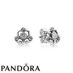 Pandora My Princess Tiara Studs 80052 hunting for limited offer,no duty and free shipping.#jewelry #jewelrygram #jewelrydesign #jewelrymaking #rings #bracelet #bangle #pandora #pandorabracelet #pandoraring #pandorajewelry