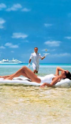How do we get this kind of service? - tropical summer beach vacation escape visit www. Way Of Life, Life Is Good, Luxe Life, Am Meer, Luxury Lifestyle, Millionaire Lifestyle, Summer Beach, Summer Dream, Summer Winter