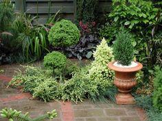 garden designs for small gardens ideas home design ideas small garden designs 700x525