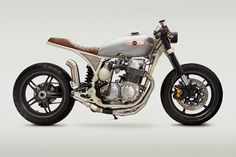 Custom Honda CB 750: inspired by NASA's Apollo
