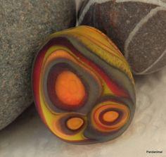 Lovely pebble lampwork bead by Pandanimal!