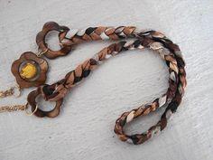 Pry Olyver! Moda e Acessórios > http://www.airu.com.br/produto/338271/colar-caveira-flor-cod-c8