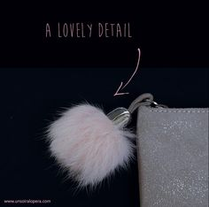 Parisian chic outfit - leather cosmectic bag with light pink pompom and zipper - perfect christmas gift ideaUn soir à l'opéra
