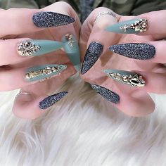 Rose gold Japanese decoration and Swarovski rose gold crystals available on oceannailsupply.com . . .  from @nails_by_annabel_m -  Loving this Colour ComboTag a Friend who would rock these #oceannailsupply #Swarovski #rosegold #swarovskitosegold #japanesedecoration