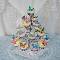 Edible MINI Butterflies - Assorted Colours and Styles - Cake   Biscuit  Designs - Wedding Decoration - Wafer Rice Paper - Cupcake Toppers fbeab6550