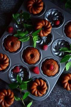 DYNIOWE BISZKOPCIKI   weganon.pl Bundt Cakes, Muffin, Pumpkin, Vegan, Baking, Breakfast, Mini, Sweet, Food