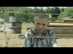TRAILER - O rapaz do pijama às riscas